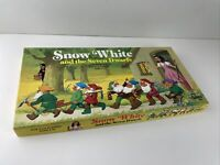 Vtg Snow White and the Seven Dwarfs Storybook Classic Board Game 1977 Cadaco