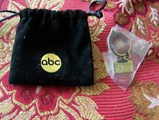 Once Upon a Time San Diego Comic Con 2013 GLOBE pin & ABC Pouch SDCC promo