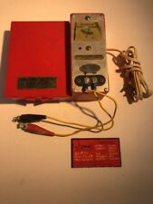Vintage Red Everlite Transistorized Battery Charger Master Mechanic Mfg. Co 76