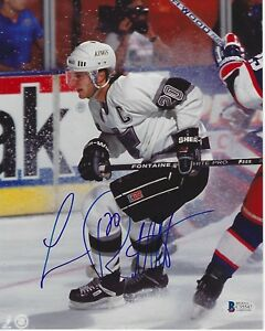 LUC ROBITAILLE Signed KINGS 8x10 PHOTO w/ Beckett COA
