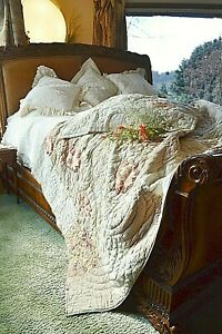 SOFT SURROUNDINGS HAMPSHIRE EMBROIDERED PATCHWORK ROSEWOOD QUILT QUEEN