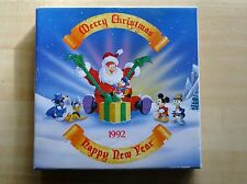 1992 Disneyland Holiday Christmas Decorative Plate with Original Box Hanger New