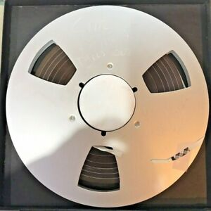 AMPEX 456 10.5 INCH METAL REEL HAS WILLY CRüZ MUSIC SELLING AS EMPTY REEL ONLY