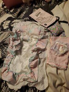 Vintage Barbie Sweet Roses  Pink Sparkle Pink Bedding and instructions...vb5