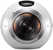Caméra Samsung Gear 360° blanche