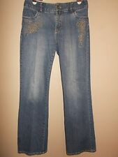 Casual Corner Stretch Womens Size 6 Boot Cut Blue Jeans Front Embroidery