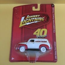 Johnny Lightning 40 Years 1950 Chevy Panel Delivery - White Lightning