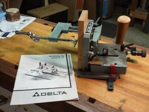 Delta Tenoning Jig - Model 34-183