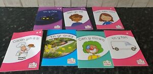 Welsh Reading Books bundle children Llyfrau Darllen Cymraeg i blant
