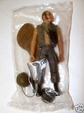 1:18 Ultimate Soldier Vietnam Huey Helicopter Pilot Crew Tank Operator Figure B