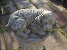 LARGE KING CHARLES CAVALIER PUPPY  DOGS DOG LAYING  STONE STATUE