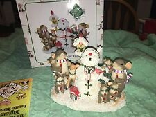 """Charming Tails Singing Snow Tunes"""" Dean Griff Christmas Mouse"""