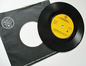 VIC BLACKWELL & LIVERPOOL FANS**LIVERPOOL BILL(SHANKLY TRIBUTE) 1975 DJM RECORDS