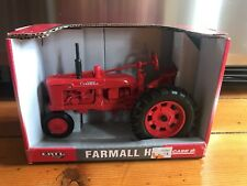Ertl Farmall H Red Tractor Die Cast Metal w/Box