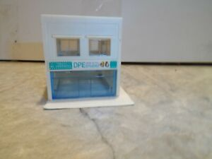 N SCALE 2 STORY BUILDING DPE STUDIO BUILDING