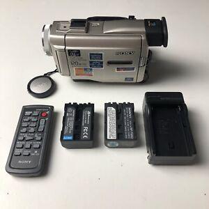 Sony DCR-TRV10 MiniDv Mini Dv Camera Stereo Camcorder VCR Player Video TESTED
