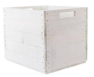 Edle, weiße Holzkiste für ein aufgeräumtes und gemütliches Zuhause / ideal kombi