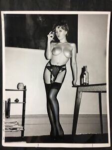Vtg 60's Busty Vickie Kennedy Heels & Hose Girlie Nude Risque Pinup 8 X 10 Photo