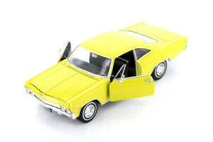 Welly 1965 Chevrolet Impala SS 396 Hardtop 1:24 Display Model Toy Car 22417