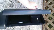 Audi A2 Handschuhfach 8Z1857095F  (schwarz, siehe Fotos)