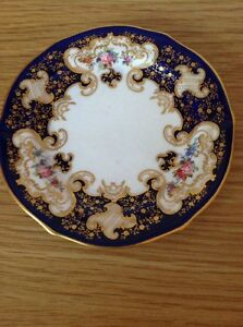 ROYAL CROWN DERBY Antique Biscuit Plate, Pattern 5662, Very Good Condition c1901
