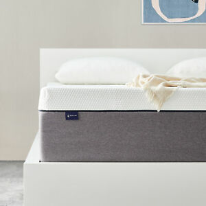 25 CM Double 4ft6 Size Memory Foam Mattress With Pressure Relief In a Box