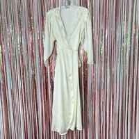 Vintage Vanity Fair Womens creamy white wrap style peignor robe lace Art Deco XS