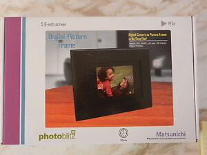 """Matsunichi Photoblitz PF5E 5.6"""" Digital Picture Frame"""