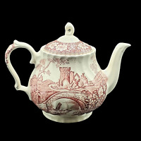 RARE Fluted Sadler Teapot --- Brigadoon Red and White Old Castle --- 4 Cup