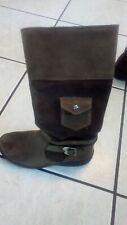 Girls brown timber Land boots
