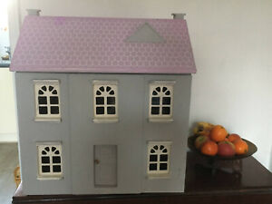Vintage Dolls House Wood Opening Front & Roof c 1970 Pink & Grey