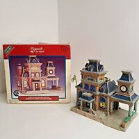 Lemax Plymouth Corners 2000 Porcelain Lighted House Port Authority #05472 w/ Box
