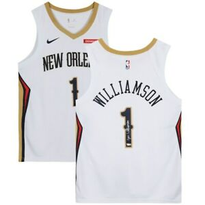 ZION WILLIAMSON Autographed New Orleans Pelicans Nike White Jersey FANATICS