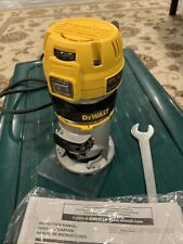 Dewalt DWP611 7-Amp 1.25HP Variable Speed Compact Router with LEDs