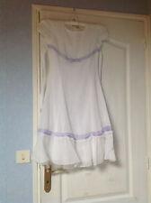 Très jolie robe cérémonie blanche TTBE