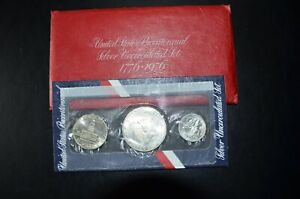 1976 UNITED STATES MINT SILVER 3 COIN UNCIRCULATED SET...