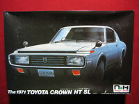 1971 Toyota Crown HT SL 1:24 Doyusha Motorized Kit Nostalgic Heroes Rare Japan
