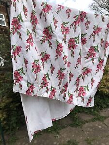 """Vintage Retro Pink And White Floral Lined Curtain W42"""" D72"""""""
