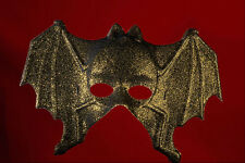 550097 Golden Bat a4 foto stampa