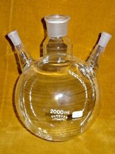 Dreihalskolben 2000 ml Destille  NEU Laborglas Laboreinrichtung Laborzubehör