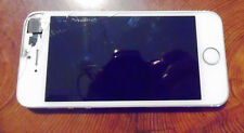 White Apple iPhone 5 for parts / Repare / Dead with broken sceen