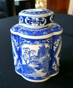 Beautiful Vintage Blue And White Tea Caddy