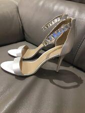 Judith Leiber Ivoire Satin Bijoux en cuir Chaussures de mariée Taille UK 7 EU 40 mariage