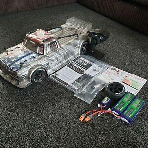 ARRMA INFRACTION V2 RTR NEVER STRIPPED OR MESSED WITH FREE POST NEEDS SLIGHT ATT