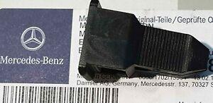 w201 190e 190d orig. Front Scheinwerfer Befestigung Clip Halter Sportline
