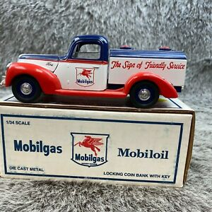 Mobilgas The Sign of Friendly Service 1931 Hawkeye Bank Die Cast Vintage 1993NOS
