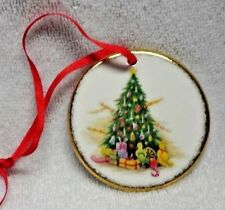 Royal Albert  Old Country Roses Christmas Magic Round Ornament With Box