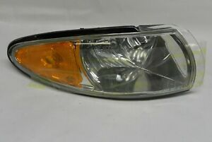 1997-2003 PONTIAC GRAND PRIX NEW OEM RH PARKING LIGHT LAMP ASSEMBLY GM #16521834