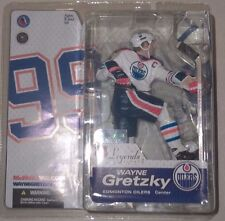 Wayne Gretzky McFarlane Legends Series 2 Figure Oilers White Chase Variant