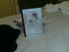 Never Lose Heart : Encouragement for the Journey by Joyce Meyer (2001, Hardcover